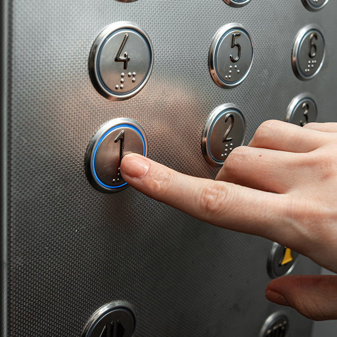 ascensoriste fiable et de qualité à Paris