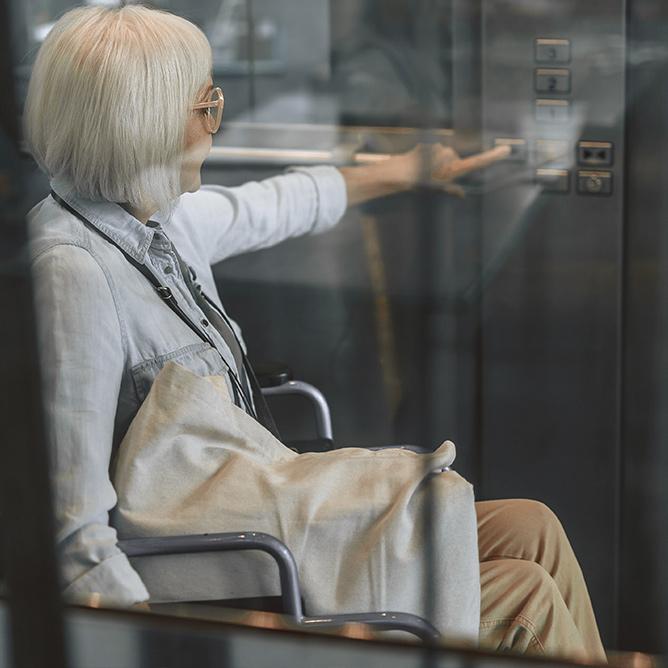 ascenseur PMR 75