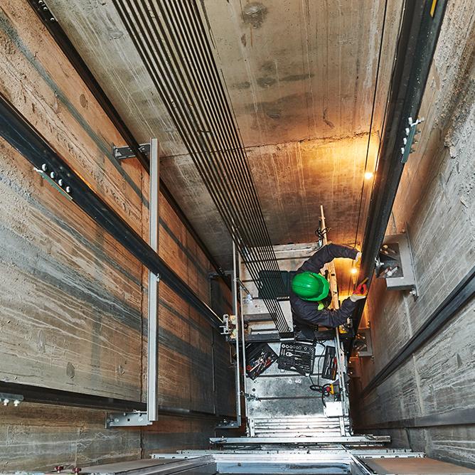 maintenance d'ascenseur à Paris